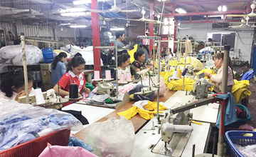 Our t-shirt sewing team are working really hard with confident to ensure best quality sewing and stitching. We are capable to make t-shirt, polo shirt, staff uniform, recycle bags, caps, screen print